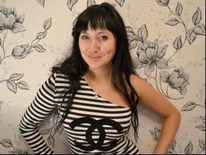 26 yo brunette Vika.