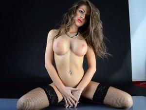 Blonde russianbarbie perform anal