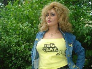 Blonde Sonnyasweet Zoom.