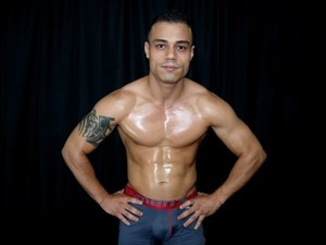 Latin gay JEYMUSCLE