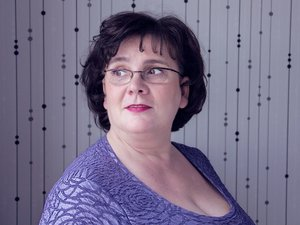 White mature with brown hair and big tits